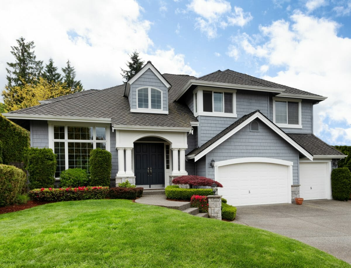 Exterior home siding - installation cost in Toronto