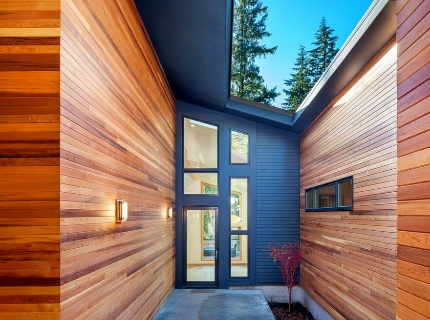 Installing wood siding on house - top contractors